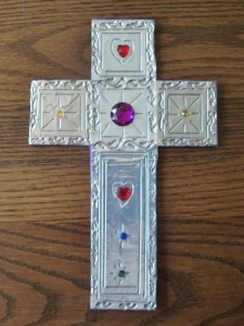 Craft cross for children to make at Kid's Summer Send-off Party