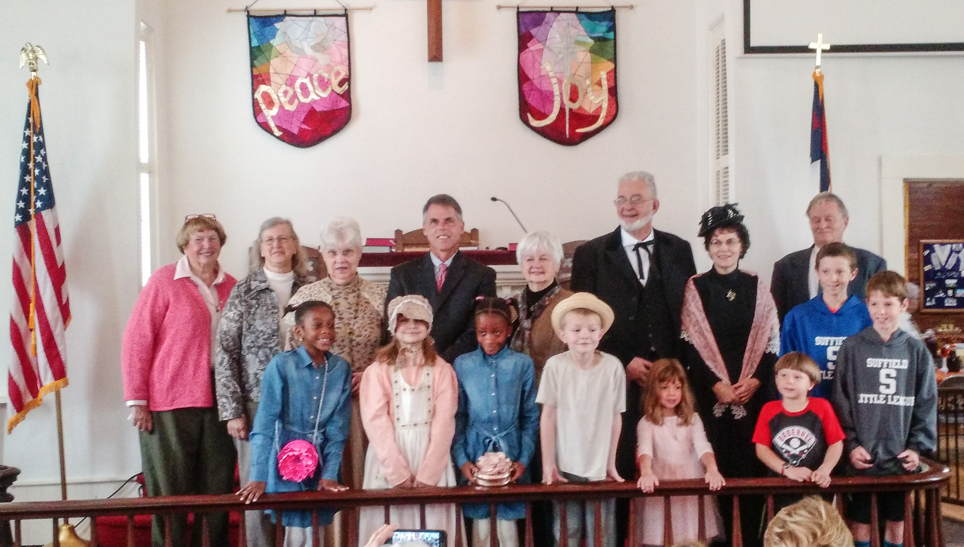 Leaders, dignitaries and children at Copper Hill Church on 200th Anniversary Sunday